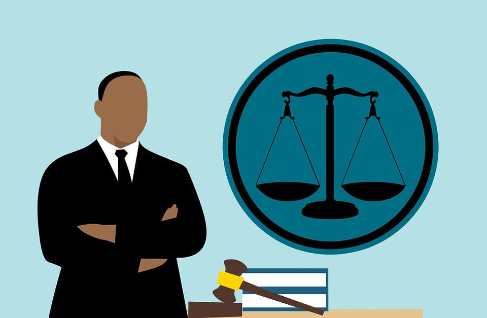 lawyer 3819044 960 720 - August